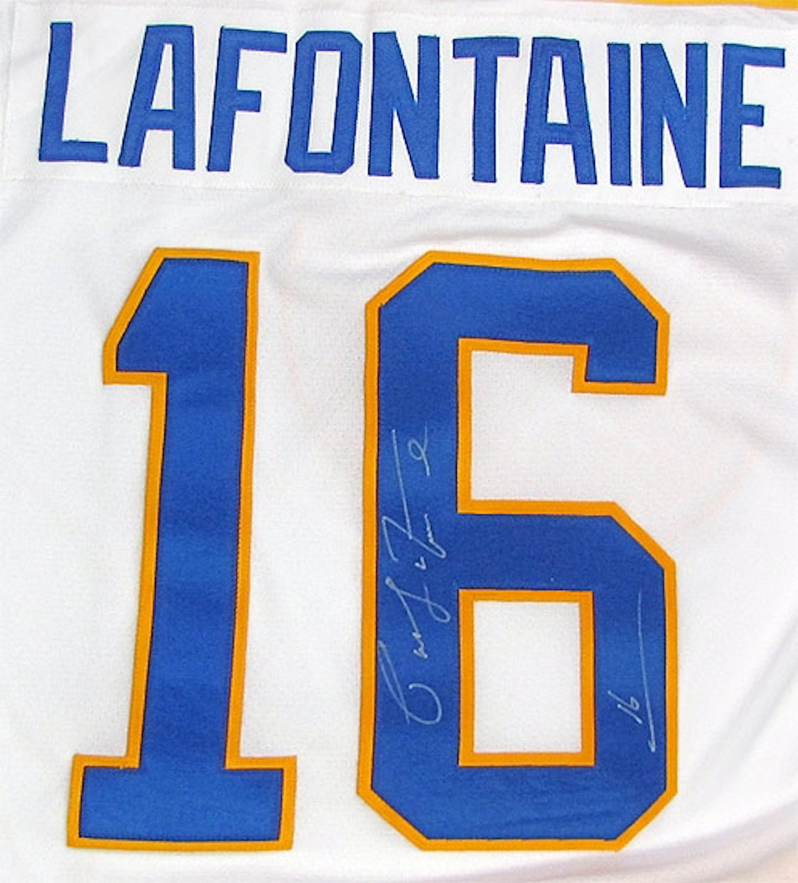 ... Pat LaFontaine Autographed Buffalo Sabres Throwback White Jersey ... 17b8e17ee